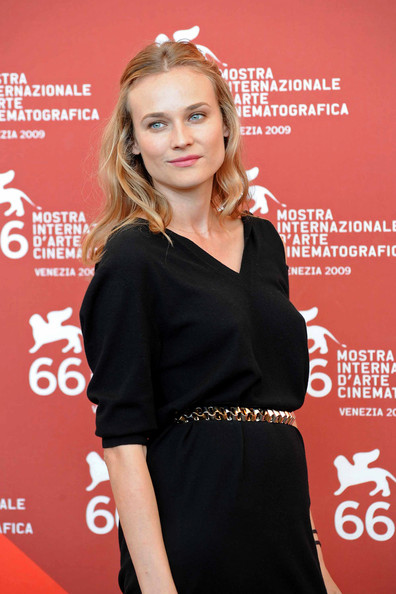 Diane Kruger Metallic Belt