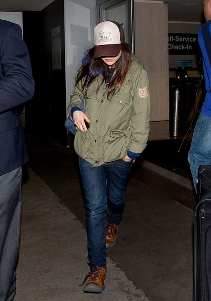 More Pics of Ellen Page Skinny Jeans (3 of 14) - Jeans Lookbook - StyleBistro