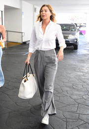 Ellen Pompeo capped off her attire with a white leather tote.