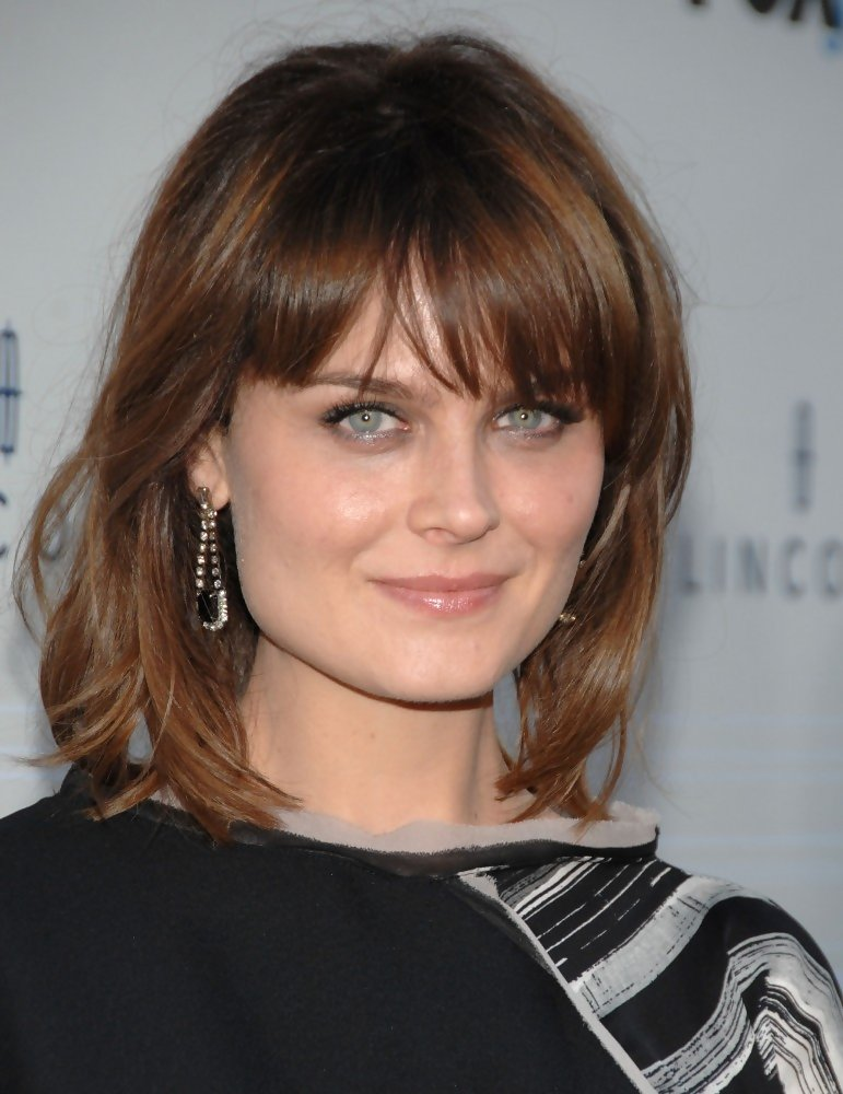 More Straight Guys Here Follow: More Pics Of Emily Deschanel Medium Straight Cut With