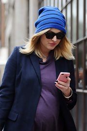 A striped jersey-knit beanie kept Fearne comfy and cozy in the cold.
