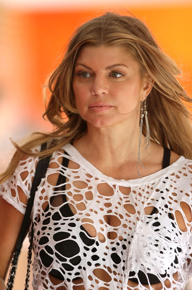 Fergie Dangling Chain Earrings