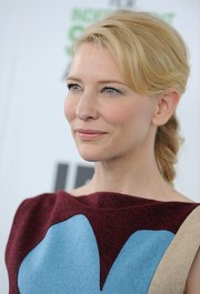 Cate Blanchett pulled her hair back into a lovely braid for the Film Independent Spirit Awards.