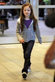 Mackenzie Foy's gray zip up was a cute and casual choice with her jeans and tee.