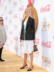 Nicole Kidman completed her outfit with a pair of pointy slingback pumps by Christian Louboutin.