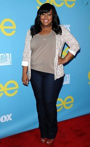 Amber Riley went casual on the red carpet in these indigo blue jeans.