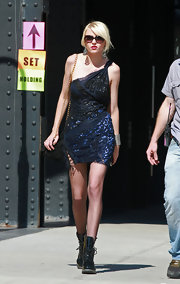 Taylor Momsen paired her one-shoulder dress with cool combat boots.