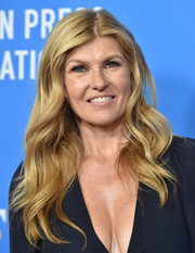 Connie Britton sported her signature long wavy style at the HFPA Grants Banquet.