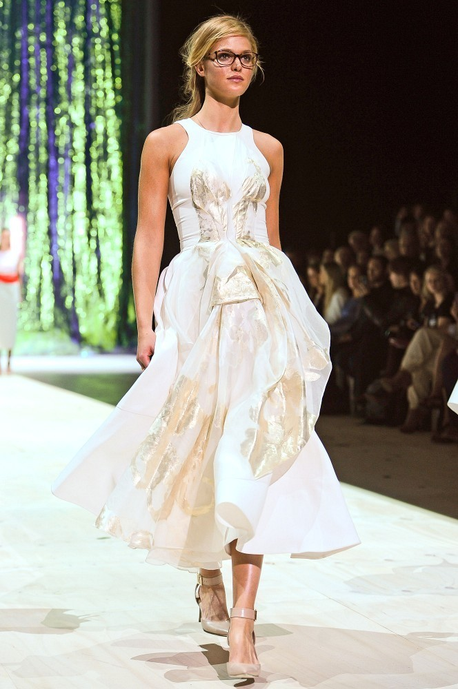 Erin Heatherton Hits the Runway in Sydney