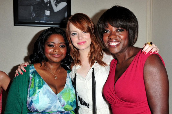 More Pics of Emma Stone Medium Wavy Cut (1 of 10) - Emma Stone Lookbook - StyleBistro