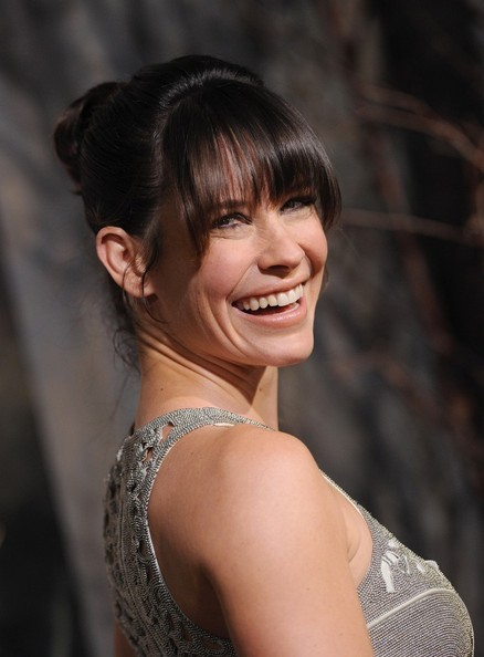 More Pics of Evangeline Lilly Evening Dress (1 of 23) - Evening Dress Lookbook - StyleBistro