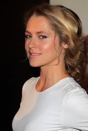 Teresa Palmer styled her locks into a messy updo at the Paris premiere of 'I Am Number 4.'