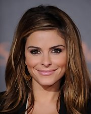 Maria Menounos enhanced her lovely smile with a shiny pale mauve lipstick at the world premiere of 'Immortals.'
