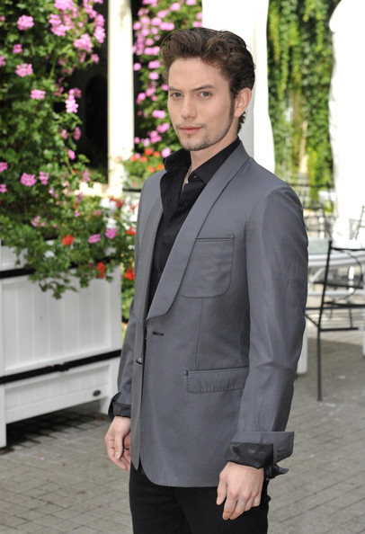 Jackson Rathbone Clothes