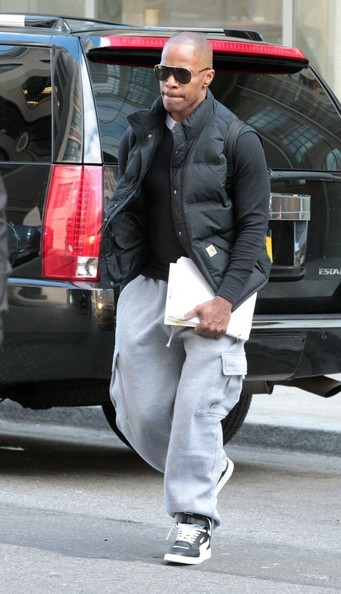 Actor Jamie Foxx looked casual and cool in aviators.