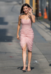 Jenna Dewan-Tatum turned heads in a ruched pink corset dress while headed to 'Kimmel.'