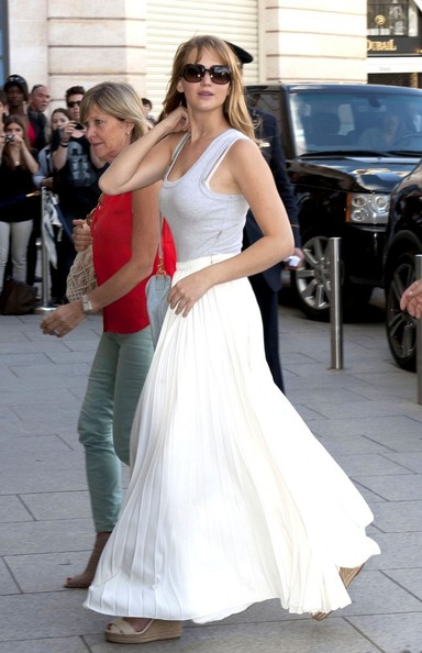 Jennifer Lawrence Long Skirt []