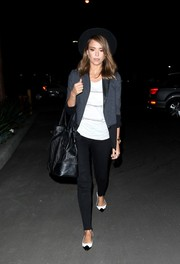 Jessica Alba had her arm full with an oversized black leather tote.
