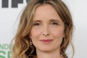 Julie Delpy Side Sweep