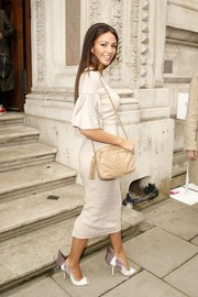 Michelle Keegan finished off her neutral-toned ensemble with a tasseled shoulder bag by Chanel.