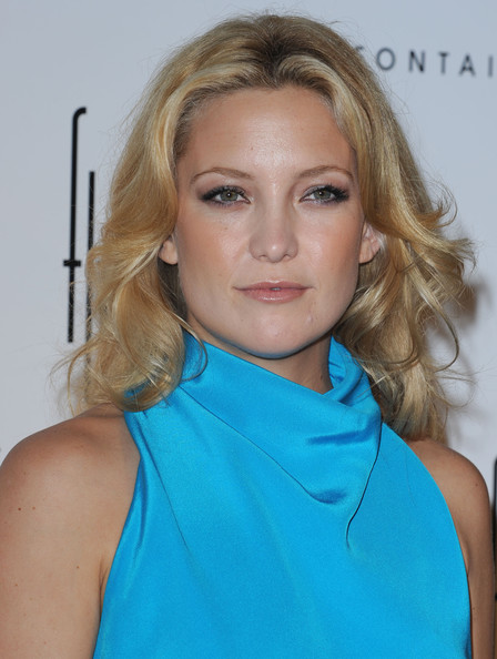Kate Hudson Long Wavy Cut []
