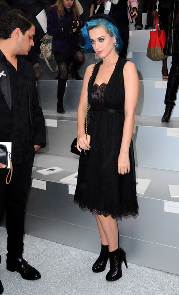 Katy Perry Little Black Dress []