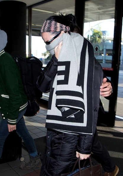 Katy Perry Patterned Scarf []