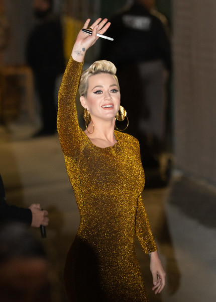 More Pics of Katy Perry Fauxhawk (1 of 28) - Katy Perry Lookbook - StyleBistro []