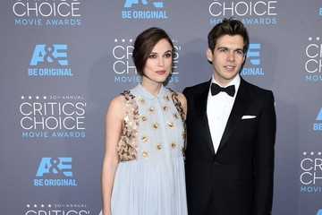 Keira Knightley James Righton Arrivals at the Critics' Choice Movie Awards