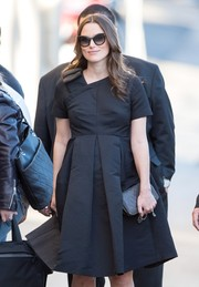 Keira Knightley headed to 'Jimmy Kimmel' wearing vintage-chic cateye sunnies by Ferragamo.