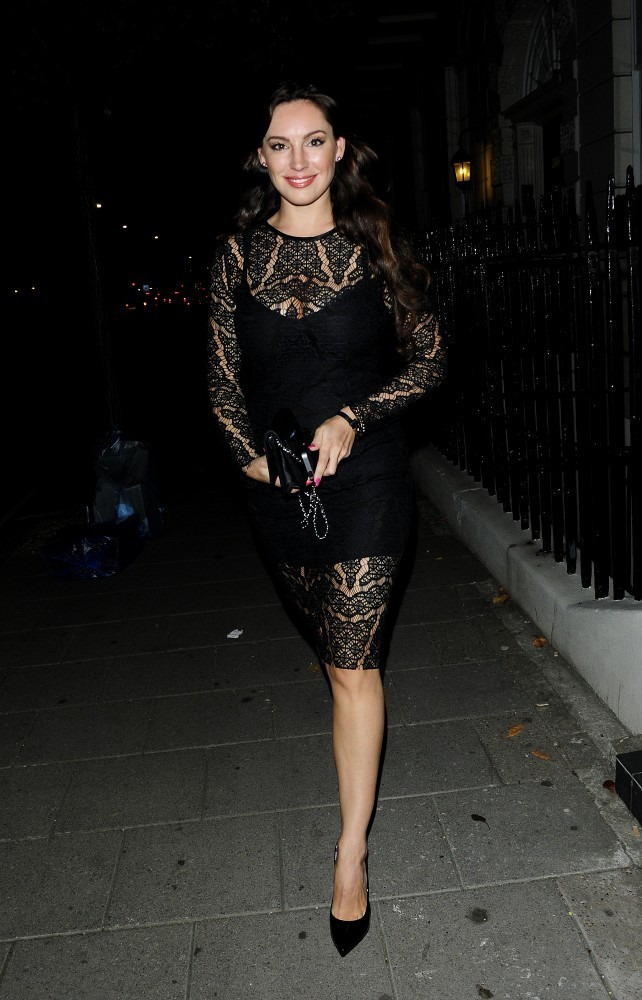 Kelly Brook Timeless Lace Dresses Stylebistro