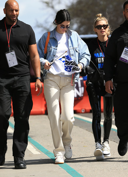 Kendall Jenner Denim Jacket [march for our lives,recreation,sportswear,walking,jacket,outerwear,leather jacket,kendall jenner,hailey baldwin,fashion,recreation,california,los angeles,jean jacket,jacket,coat,jeans,denim,fashion,blazer,outerwear,leather jacket]