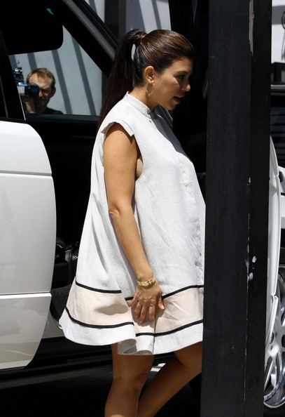 More Pics of Kourtney Kardashian Gold Hoops (1 of 14) - Kourtney Kardashian Lookbook - StyleBistro