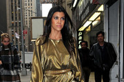 Kourtney Kardashian heads into a Midtown office building.