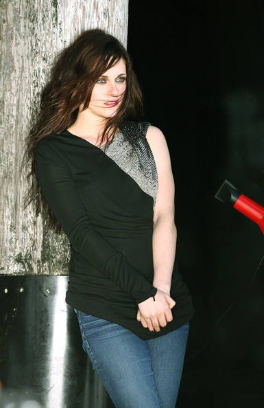More Pics of Kristen Stewart Fitted Blouse (1 of 37) - Tops Lookbook - StyleBistro []