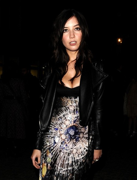 More Pics of Daisy Lowe Leather Jacket (1 of 10) - Daisy Lowe Lookbook - StyleBistro