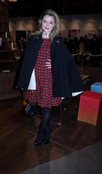 More Pics of Amber Atherton Cape (2 of 4) - Amber Atherton Lookbook - StyleBistro