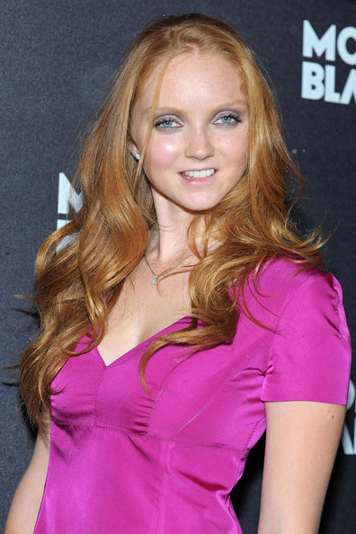 Lily Cole Long Wavy Cut []