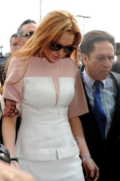 More Pics of Lindsay Lohan Peplum Top (1 of 16) - Peplum Top Lookbook - StyleBistro