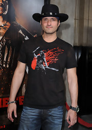 Robert paired his graphic t-shirt with a cool cowboy hat.