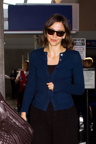 Maggie Gyllenhaal Rectangular Sunglasses []