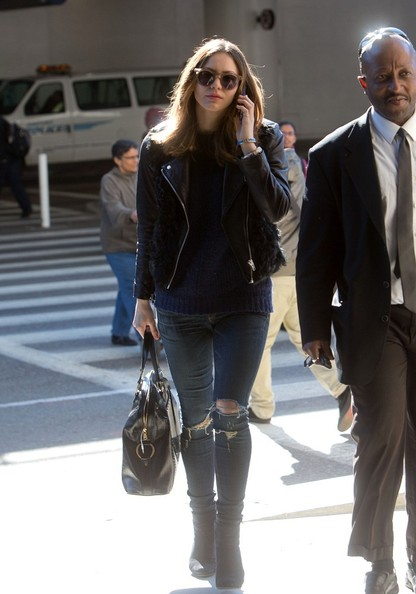 More Pics of Katharine McPhee Ripped Jeans (1 of 22) - Ripped Jeans Lookbook - StyleBistro