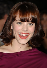 Rachel McAdams rocked a short bob with wispy bangs at the 'Mean Girls' premiere.