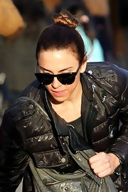 Mel C looked neat with her tight hair knot while strolling with her daughter.