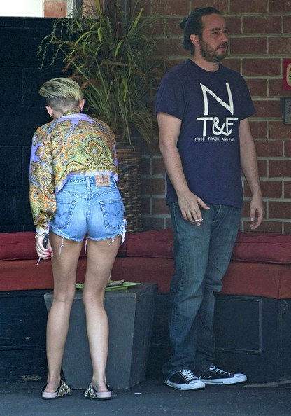 More Pics of Miley Cyrus Print Blouse (4 of 19) - Miley Cyrus Lookbook - StyleBistro []