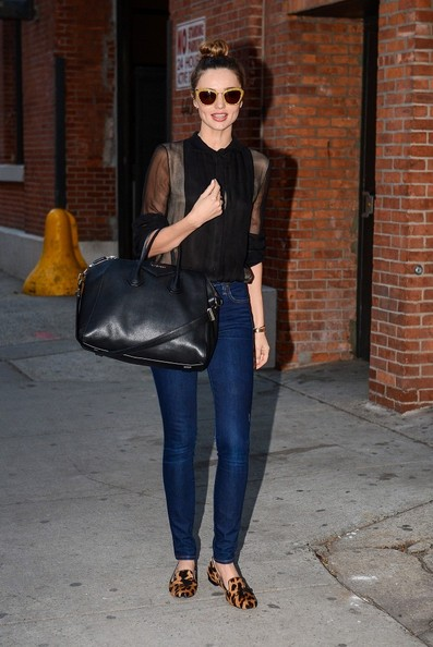 More Pics of Miranda Kerr Fitted Blouse (4 of 10) - Miranda Kerr Lookbook - StyleBistro
