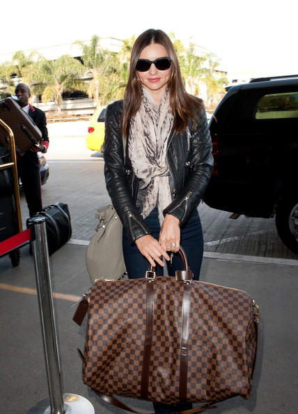 More Pics of Miranda Kerr Patterned Scarf (1 of 12) - Miranda Kerr Lookbook - StyleBistro