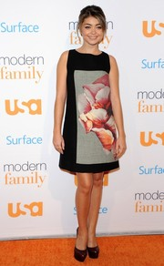 Sarah Hyland looked oh-so-pretty in a flower-print shift by Paule Ka during the 'Modern Family' fan appreciation day.