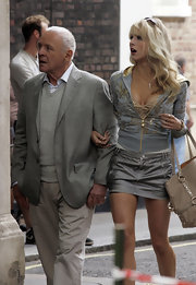 Lucy Punch looked all set to seduce in a silver mini skirt while on a film shoot.