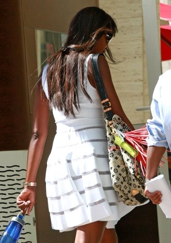 More Pics of Naomi Campbell Printed Shoulder Bag (1 of 7) - Naomi Campbell Lookbook - StyleBistro []